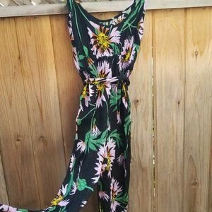 Tropical floral jumpsuit with tie